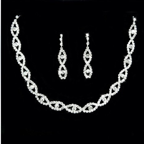 GrandAlloy with Diamond Wedding Jewelry Set(Including Necklace and Earrings)