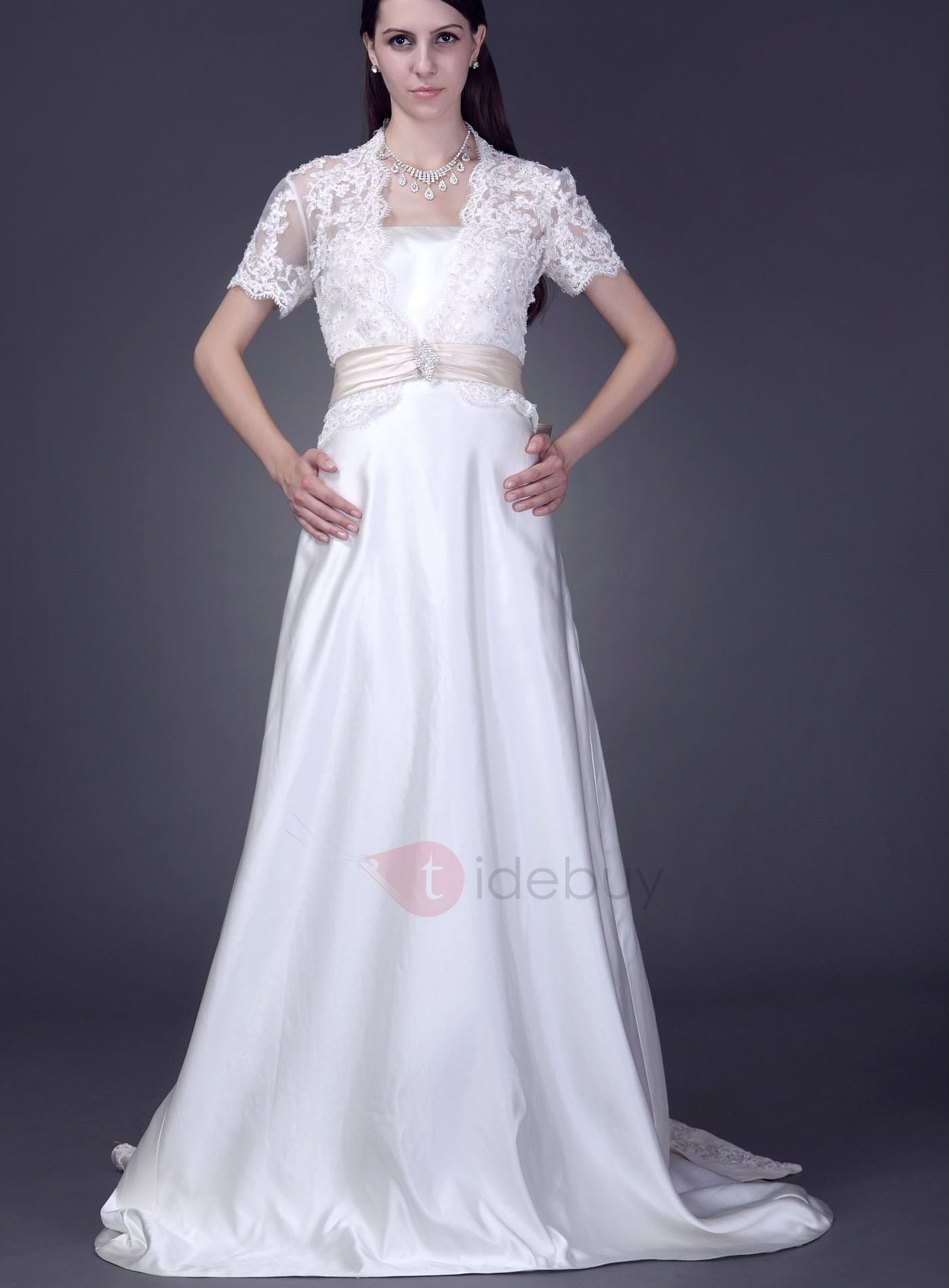 Glamorous Short Sleeve Appliques Wedding Jacket