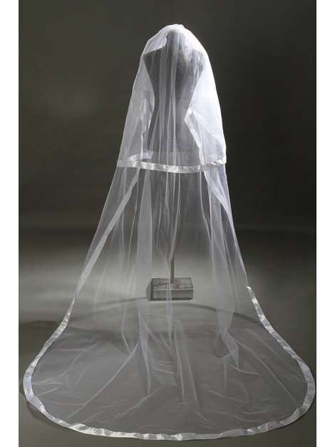 Delightful Cathedral Length Wedding Veil