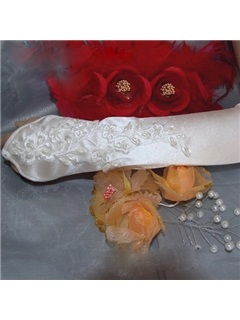 Fingerless Wedding Bridal Glove with Flower Vine Patten