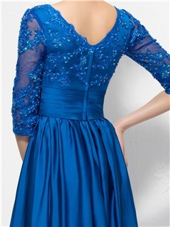 Charming Beaded Lace Appliques V-Neck Half-Sleeve Long Mother of the Bride Dress