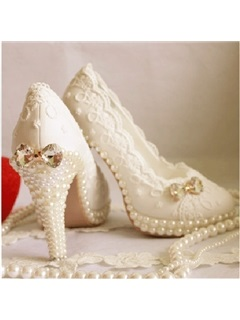 Sweet Pearl Lace Wedding Shoes  5