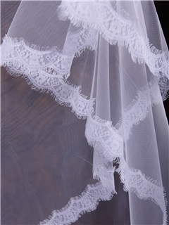 White Tull Fingertip Veil with Lace Appliques Edge