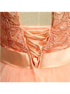 Loveable Scoop Neckline A-Line Bowknot Lace Short Homecoming Dress