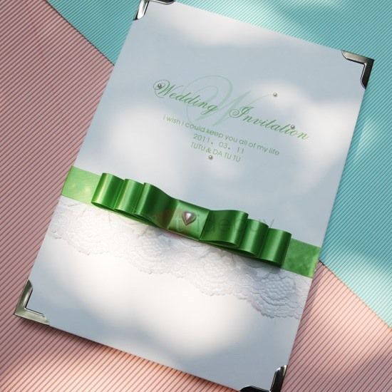 Great-hearted Wedding Guest Book with Green Bowknot