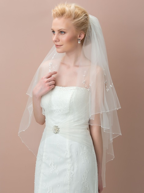 Elegant Beaded Ivory Tulle Wedding Veil
