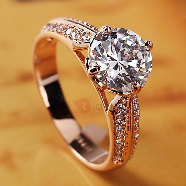 Vintage Rhinestone Decorated Women's Ring