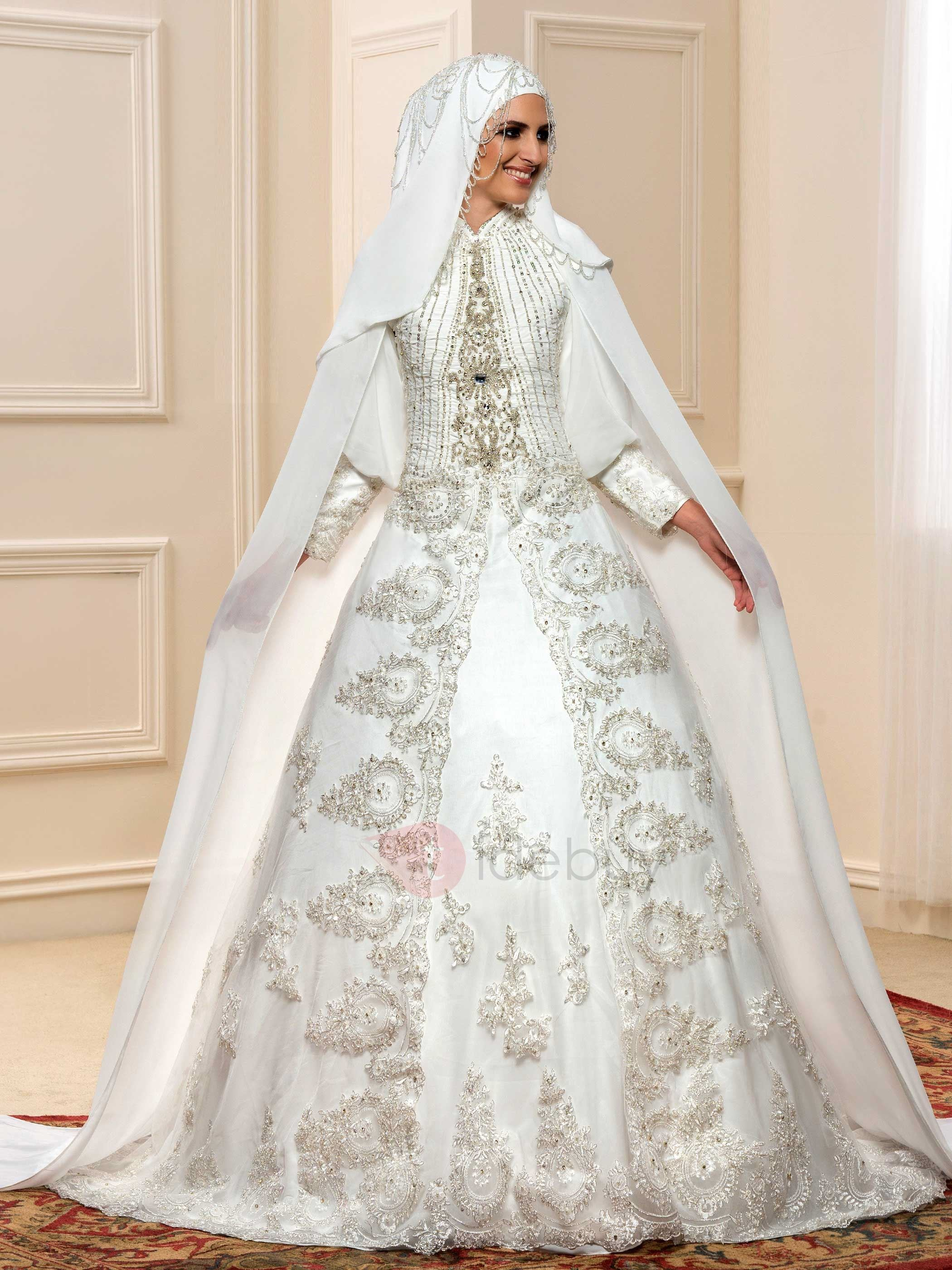 Luxury Beaded Lace High Neck Muslim Wedding Dress with Sleeves