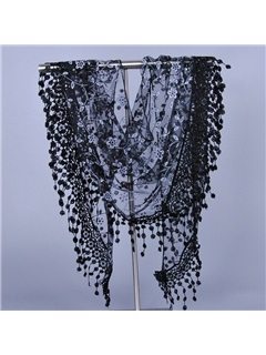 Hollow-out Triangle Shaped Lace Scarf 4