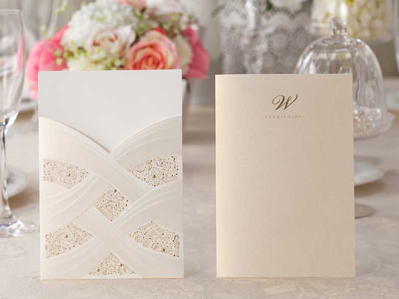 Classic Wedding Invitation Card For Sale (20 Pieces One Set