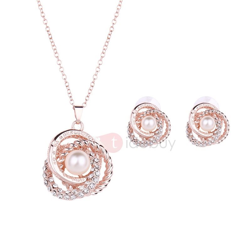 Hollow with Pearl Women Jewelry Set ( Including Necklace and Earrings )