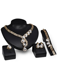 Hollow Graceful E-plating Women Jewelry Set