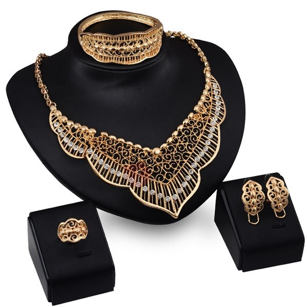 Hollow Alloy 4 Pieces Women Jewelry Set