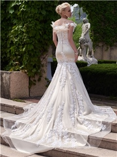 Flowers Off the Shoulder Appliques Mermaid Wedding Dress