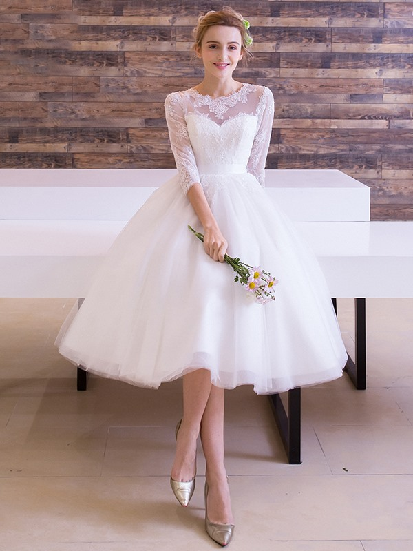 Lace Half Sleeves Knee-Length Beach Wedding Dress