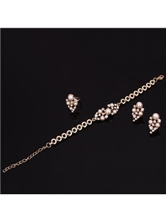 Splendid String of Pearls Women Jewelry Set