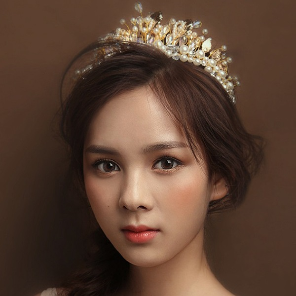 Baroque Pearl Rhinestone Wedding Tiara