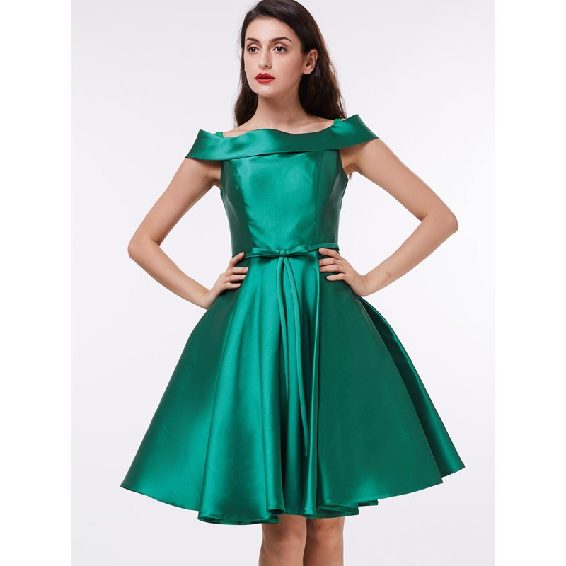 Off the Shoulder Bowknot Knee-Length Homecoming Dress