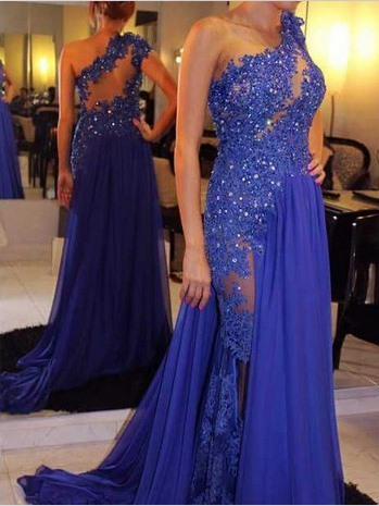 A-Line One-Shoulder Hollow Appliques Beaded Evening Dress
