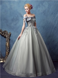 Vintage Off-the-Shoulder Ball Gown Appliques Bowknot Quinceanera Dress