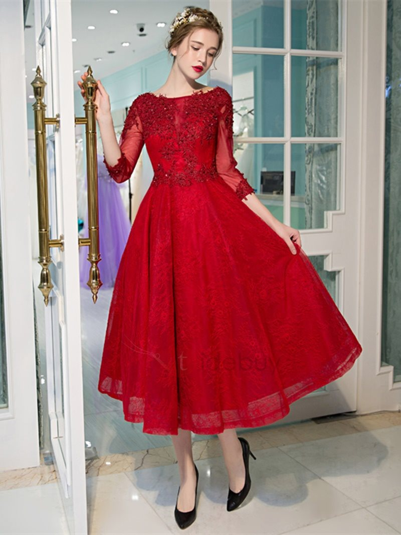 Pretty A-Line Bateau Appliques Beading Lace Tea-Length Prom Dress