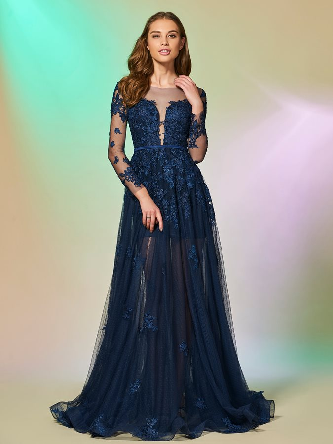Elegant Bateau Appliques Button Floor-Length Prom Dress
