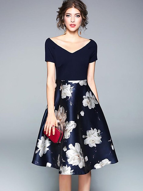 bf4bdab8f2 20% OFFV-Neck Short Sleeve Floral Print Patchwork Women s Skater Dress