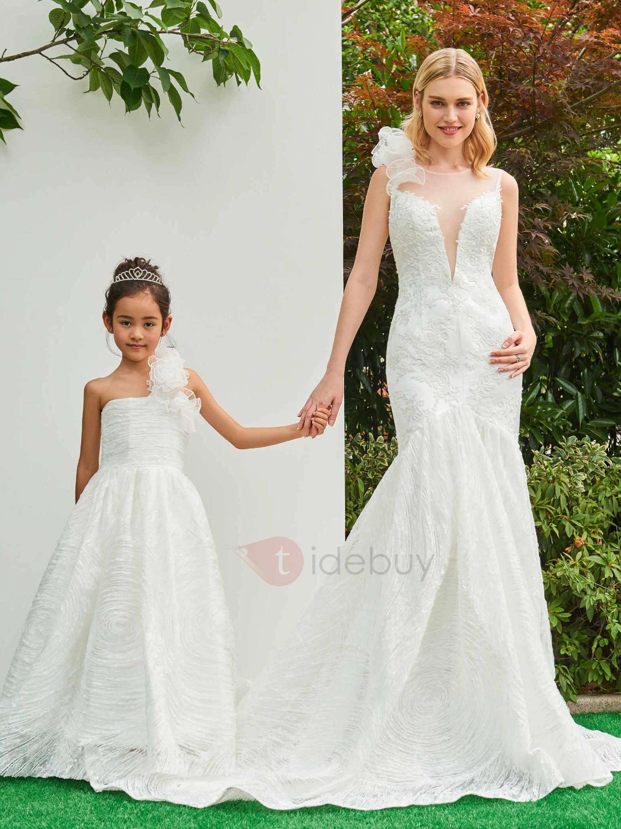 Parent-Child Illusion Neck Ruffles Appliques Lace Wedding Dress