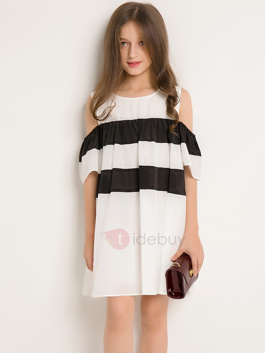 Simple White And Black Patchwork Pleated Off-Should Girl's Dress