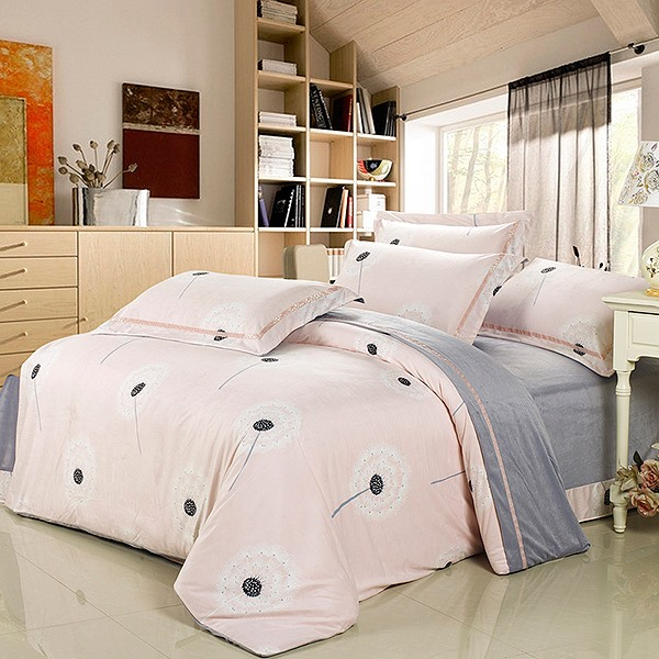 Wannaus Super Soft Pink Dandelion Print 4-Piece Flannel Duvet Cover Sets