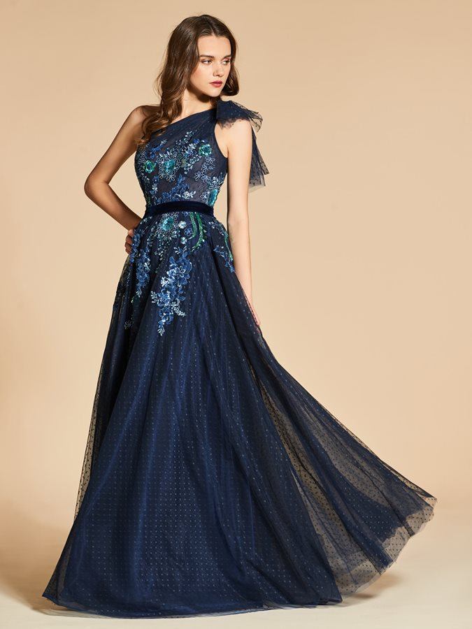 One-Shoulder Embroidery Appliques Evening Dress