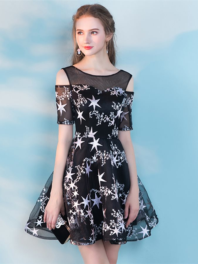 A-Line Lace Short Sleeves Scoop Homecoming Dress