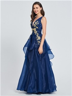 Appliques Tiered V-Neck Prom Dress 2