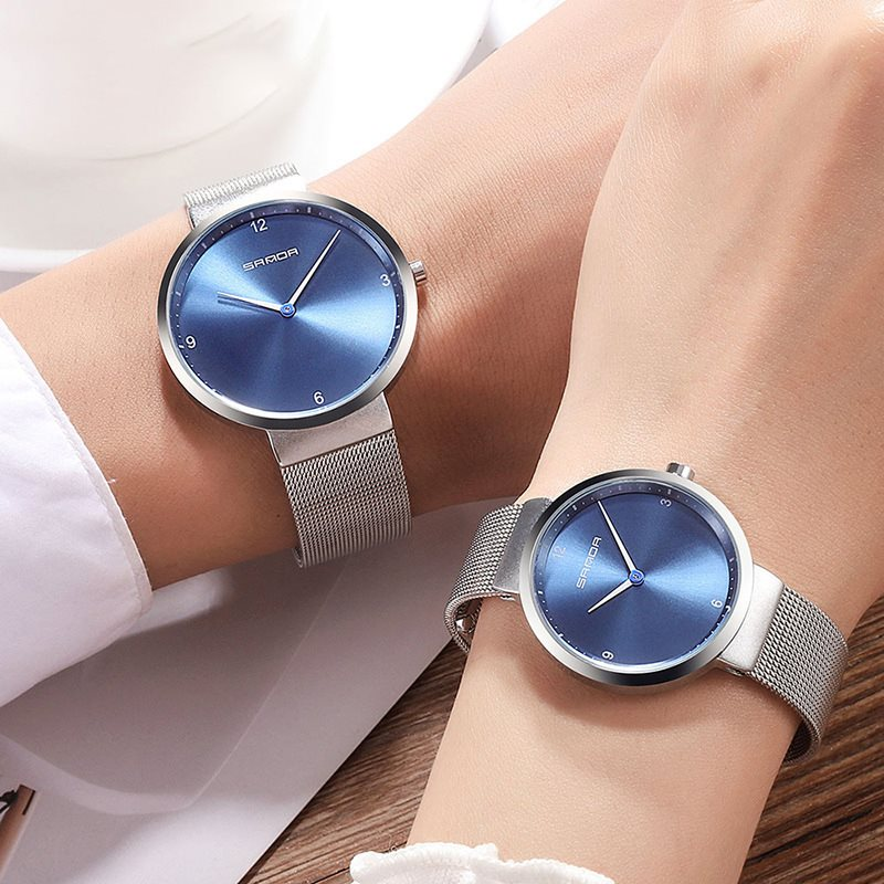 Concise Analogue Display Steel Mesh Lovers Watch