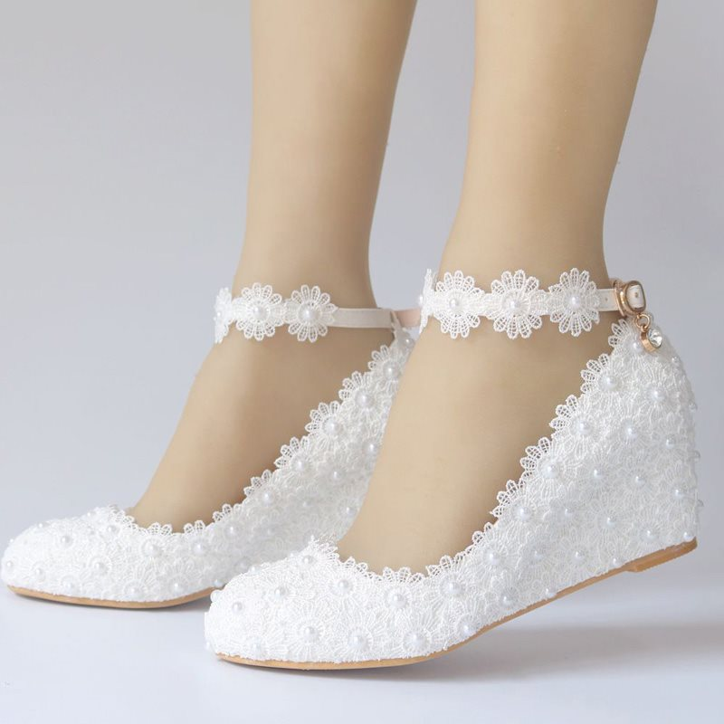 Beads Round Toe Wedge Heel Wedding Shoes