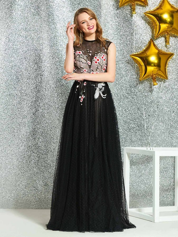 Appliques A-Line Scoop Sleeveless Prom Dress 2019