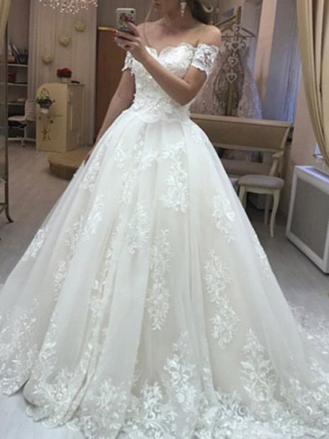 Off-The-Shoulder Ball Gown Appliques Wedding Dress 2019