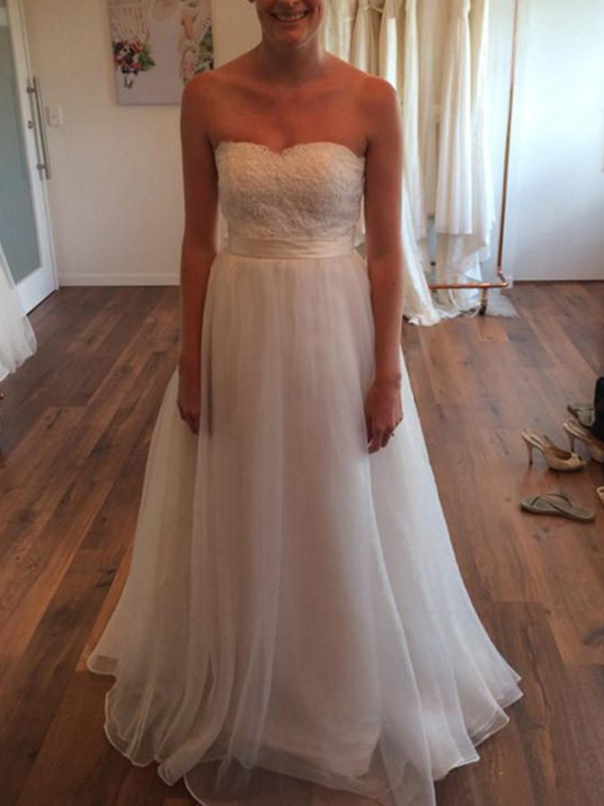 A-Line Sweetheart Appliques Sashes Wedding Dress 2019