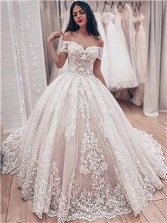 Off-The-Shoulder Lace Appliques Ball Gown Wedding Dress 2019 1