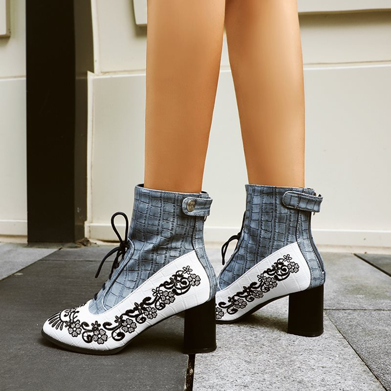 Lace-Up Front Chunky Heel Round Toe Vintage Boots