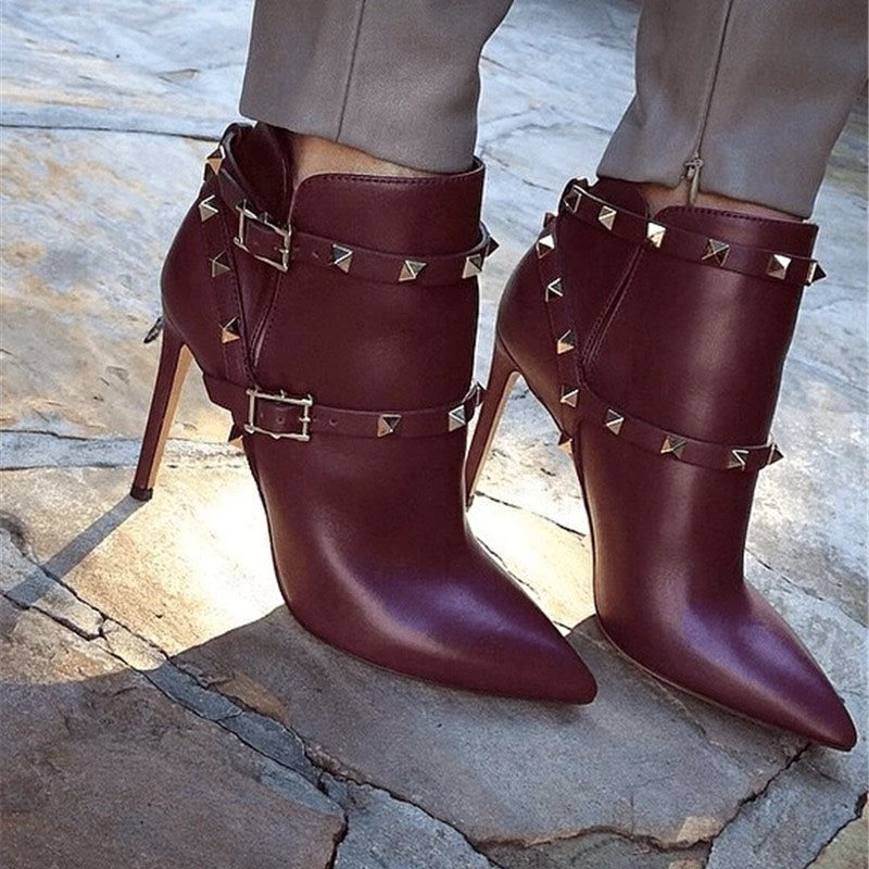 Customized Pointed Toe Plain Hasp PU Ankle Boots