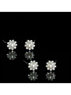 Delightful Flower Shaped Rhinestone Hairpin Including 4 Piece