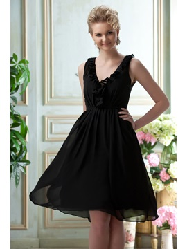 Simple V Neckline Sleeveless Ruffles Knee Length Bridesmaid Homecoming Dress