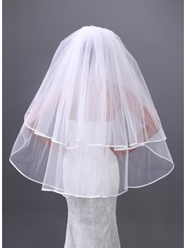 Luxurious Single Wire Yarn Two Layers Fingertip Wedding Veil