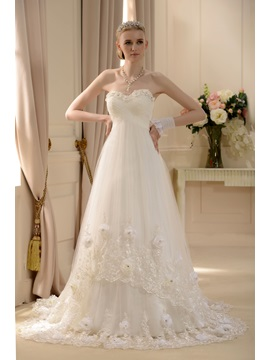 Empire Waist Sweetheart Court Train Appliques Flowers Wedding Dress