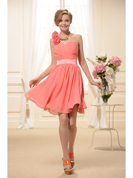 Delicate Flowers One Shoulder Knee Length Homecoming Dress