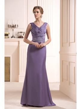 Delicated Beaded Sweep Brush Train V Neck Mother Of The Bride Dress