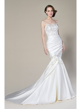 Amazing Trumpet Mermaid Sleeveless Matte Satin Appliques Sequins Strapless Court Train Wedding Dress