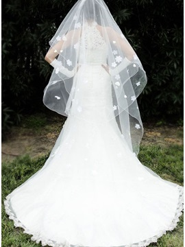 Luxurious Loveing Heart And Flowers Wedding Veil