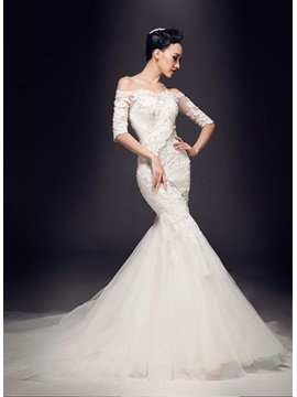 Stunning Off The Shoulder Appliques Beadings Half Sleeves Wedding Dress